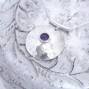 round silver pendant ith Amethyst made by iana jewellery