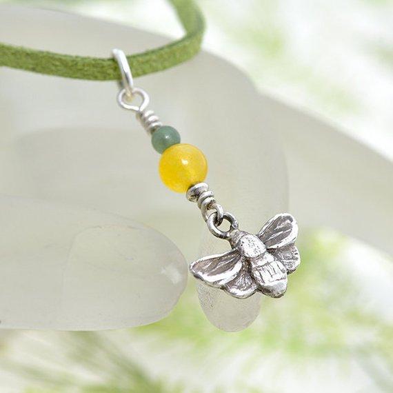 Bee Pendant iana jewellery maker Canterbury Kent handmade Etsy jewelry